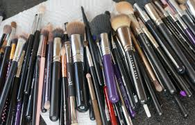 how to clean makeup brushes fast easy using the sigma cleaning mat ashley landry