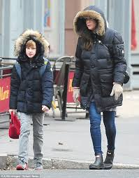 matchy matchy liv tyler and her ten year old boy milo kept warm