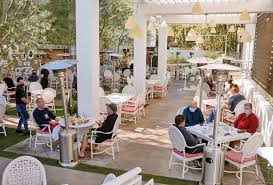 outdoor dining remains popular in