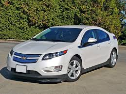 2015 Chevrolet Volt Road Test Review | CarCostCanada