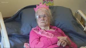 Keizer, Oregon firefighters celebrate woman's 104th birthday | kgw.com