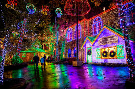 Christmas Light Contest 2018 9 Best Places To See Christmas Lights In The Usa In 2018