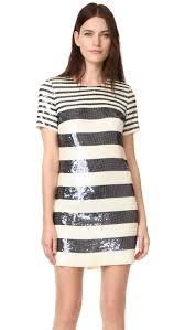 Sophie Turner rocks silver mini dress at GOT screening Daily.