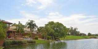 golf and waterfront homes in ocotillo