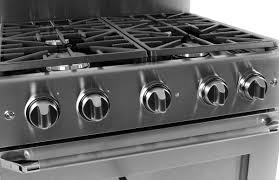 gas cooktop with grill. The Oven And Rangetop Are Controlled By Dials. Gas Cooktop With Grill