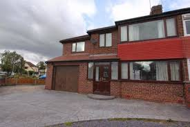 4 Bedroom Semi Detached House To Rent   Alwyn Gardens, Upton, Chester,