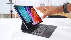 Apple Magic Keyboard: Floating iPad Pro? - YouTube