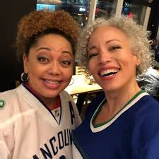 shawna.clarke.98 Instagram post (photo) Nothing could dampen our enthusiasm  during today's shoot...🤷🏼♀️😆 #raincouver #almosthypothermic #actorlife  #weareallcanucks - Gramho.com