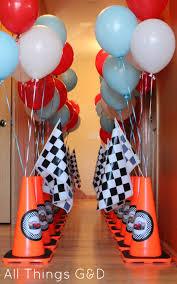 Cars Party Decorations Como Organizar Una Fiesta De Cars Rayo Mcqueen Birthdays Cars