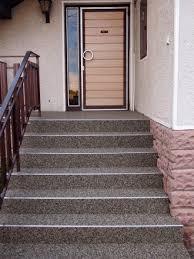 Steinteppich ist aussen zu 100% frostsicher. Natursteinteppich Treppen Pflegeleicht Widerstandsfahig Und Sicher Steinteppich Verlegen At