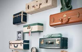 Beautiful Vintage Floating Shelves Decorating Ideas