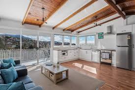Long Beach House Apartments