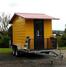 Small House On Wheels 28 Small House On Wheels Tiny Heirloom Builder Of Luxury