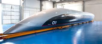 Hyperlooptt Stellt Erste Kapsel In Originalgröße Vor Heise Online