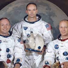 Apollo 11: Buzz Aldrin greeted by cheers on moon landing's 50th anniversary    Apollo 11