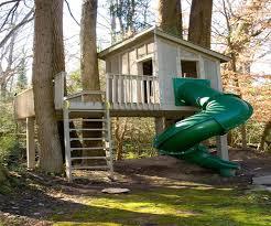 diy tree house small pallet tree house easy diy cat tree house