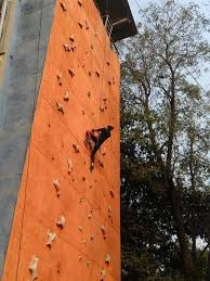 https www eventshigh detail pune 13a000dcc11be7001ccc88d1eb1c4400 rock climbing and rappelling workshop on artificial rock climbing wall in pune with rock climbing and rappelling workshop adventure pulse at pune