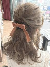 会社勤めのolさんや子育て中のママさんは明るすぎる髪型はngと言われて