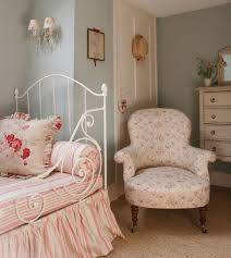 Shabby Chic Bedroom Chair Hydrangea Hill Cottage Kate Formans English Country Charm
