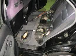 車 ガソリン 臭い