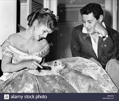 eddie fisher debbie reynolds. Beautiful Fisher DEBBIE REYNOLDS U0026 EDDIE FISHER ACTRESS SINGER 1957  Stock Image Throughout Eddie Fisher Debbie Reynolds N