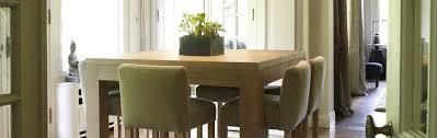 Chaises Photo Bar Table Haute Pour Ensemble Avec Cuisine Bois Salle ...