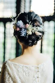 ヘッドドレスを簡単手作りお花いっぱいの可愛すぎるヘアアレンジに