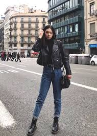 boyfriend jeans and black leather jacket outfit