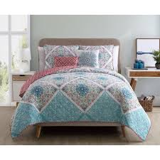 VCNY Windsor Reversible 5 piece Quilt Set - On Sale - Free ... & VCNY Windsor Reversible 5 piece Quilt Set Adamdwight.com