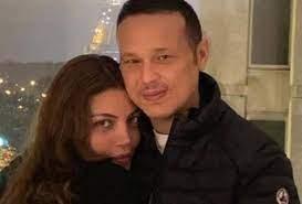 زوج ريهام حجاج يتغزّل بها