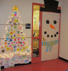 Ideas For Winter Classroom Decorations  YouTubeClassroom Christmas Tree