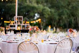 outdoor florida wedding reception under spanish moss covered oak trees outdoor private estate wedding venue in brandon florida ta bay florida wedding