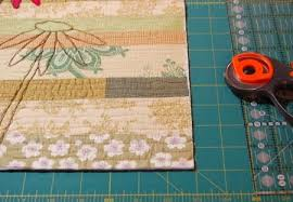 Knife Edge Binding | Bloomin' Workshop & Trim your quilt edges so that they are straight and the corners are square. Adamdwight.com
