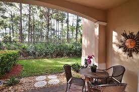 cielo palm beach gardens 6 cielo townhome sample living area cielo patio