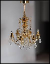 dollhouse crystal 6 arm chandelier battery operated c15