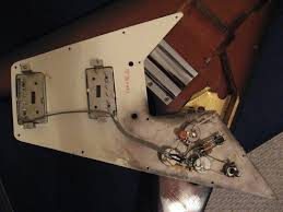 details parts the 1967 1971 gibson flying v website notice in the control cavity of this batch 1 or 2 cherry v that the yellow ground wire goes to the abr 1 bridge post this is how the ground wire was