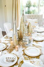 ... Elegant Gold Christmas Table Scape