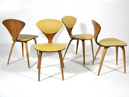 set of four cherner chairs by plycraft 2 cherner furniture