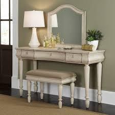 Rustic Traditions Bedroom Vanity Set - Rustic White - LFI1897-2 ...
