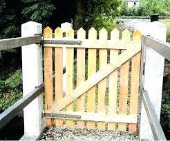 build wood fence gates building wood fence gate pallet wood fence gate for my bridge building