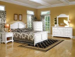 furniture brilliant country cottage style bedroom furniture including king bed frame with headboard and footboard also brilliant log wood bedroom