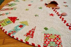 Christmas Tree Skirt Pattern Simple Quilted Tree Skirt Pattern White Baby Quilt Very Warm Quilted