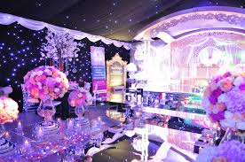 Event Decor London National Asian Wedding Show London The Dccor And Cakes Creme