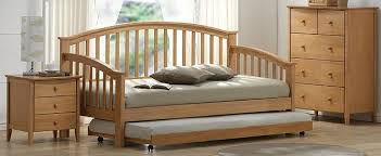 maple wooden day bed with trundle