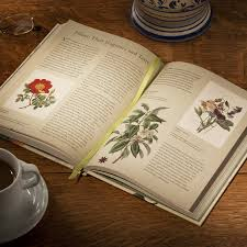 rhs latin for gardeners over 3 000 plant names explained and explored co uk royal horticultural society lorraine harrison 0787721932215 books