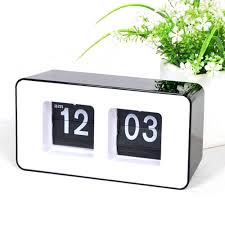 high quality new design simple modern unique retro concise cube nice desk wall auto flip clock
