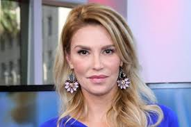 Brandi Glanville Birth Chart Brandi Glanville Apologizes For Sacrilegious Photo Page Six