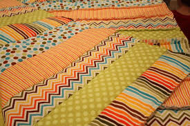 Dickerson Diaries: Rag Quilt Tutorial & First, you need to decide how many different patterns you are going to use  to determine how much you need. I used five different fabrics for my  project. Adamdwight.com