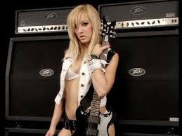 <b>SEXIEST Female</b> rocker alive NITA STRAUSS feat Courtney Cox- 2 ...