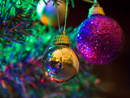 File:Christmas tree (detail) (11392553123).jpg